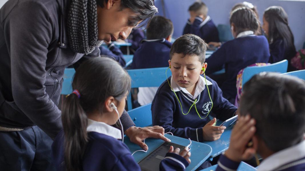E. Transforma tu manera de enseñar usando las TICs