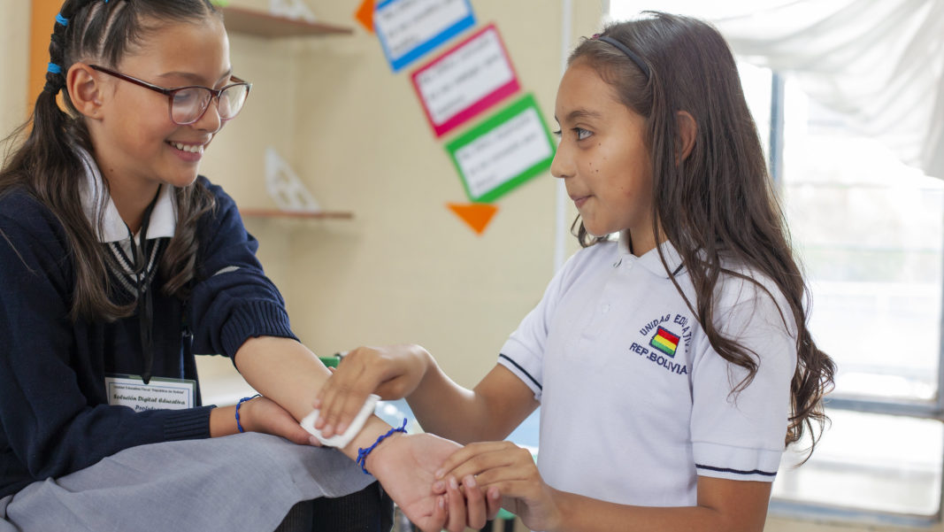H. Comunicación efectiva para motivar a los estudiantes